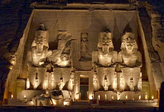 Foto del Viaje Show-de-luz-y-sonido-en-Abu-Simbel-por-Dan-Lundberg.jpg