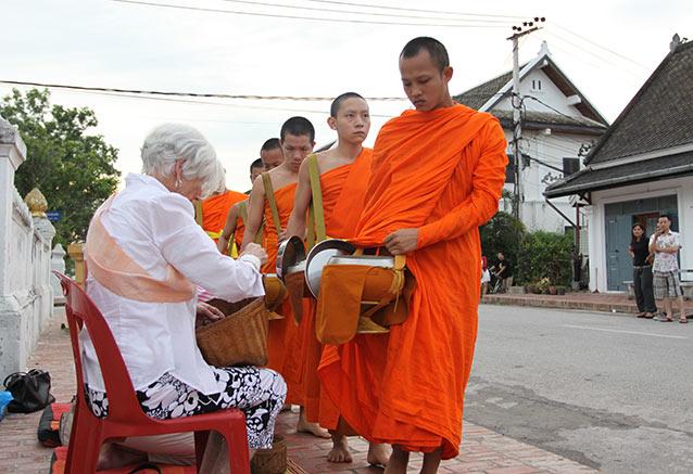 Viaje vietnam esencial Luang Prabang 8
