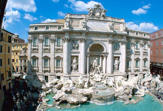 Viaje italia norte sur Fonte Trevi em Roma Italia