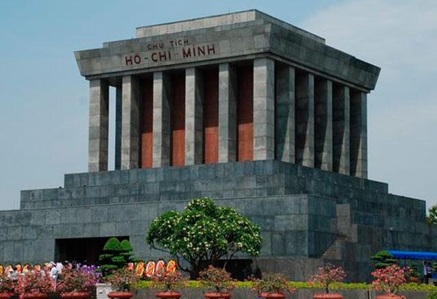 Viaje vietnam al completo sapa saigon mausoleohochiminh
