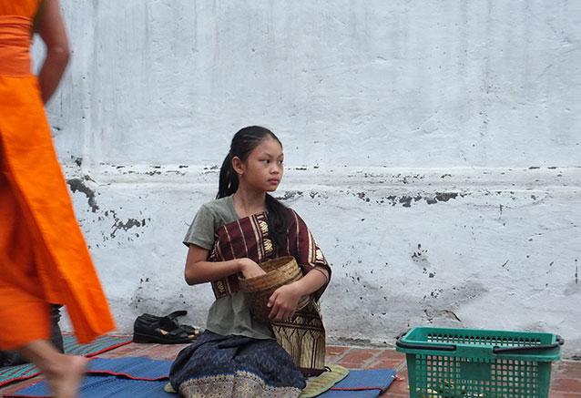 Viaje vietnam camboya esencial Luang Prabang 3