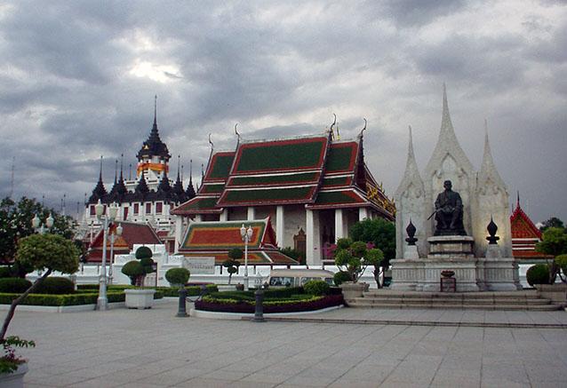 Viaje contrastes tailandia Bangkok Tailandia