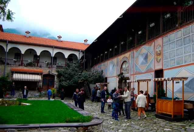 Viaje bulgaria tour unesco monasterio bulgaro