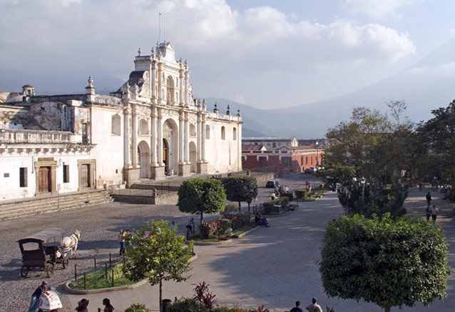 Viaje aventura maya naturaleza guatemala antigua