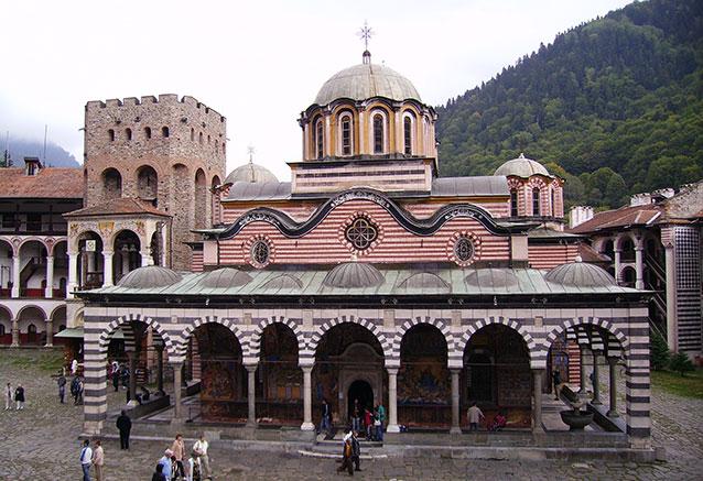 Viaje bulgaria esencial 6 dias Rila man
