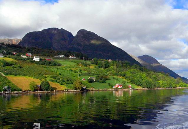 Foto del viaje ofertas leyendas escandinavas fiordo Hardanger
