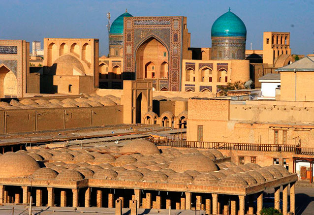 Viaje trans uzbekistan cultural BUJARA