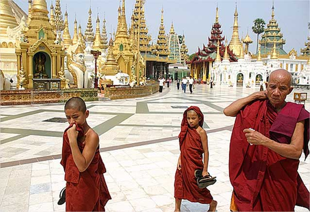 Viaje birmania semana Monjes Birmania