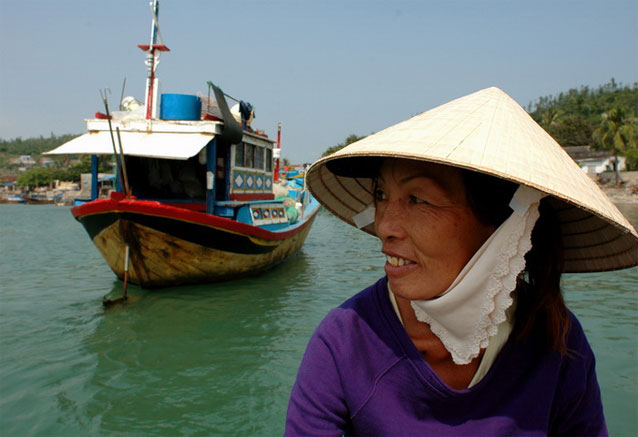 Viaje vietnam clasico hue mujer
