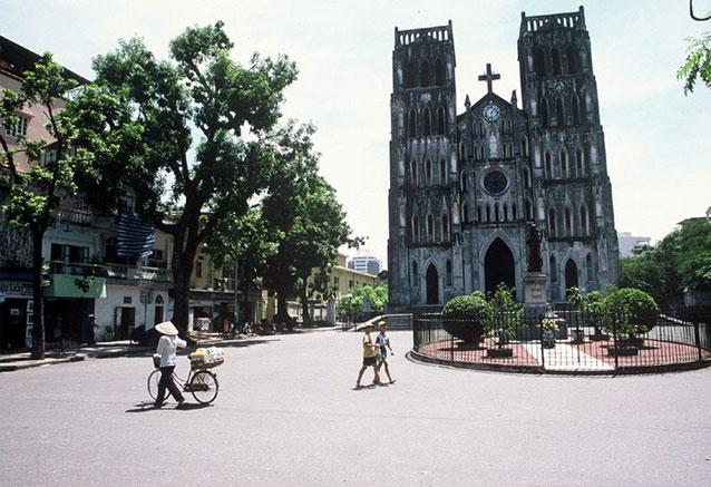 Viaje vietnam clasico siem rep pom penh hanoi templo