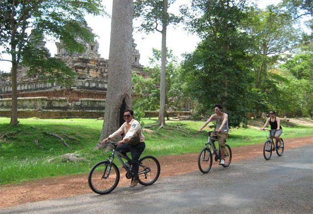 Viaje lo esencial vietnam templos angkor vietnam bicis