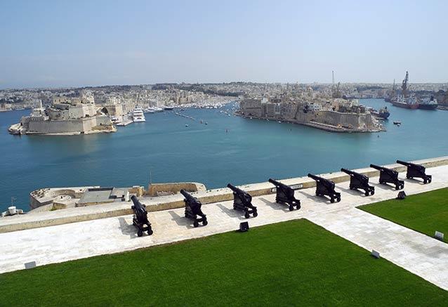 Viaje malta joya del mediterraneo Puerto Valletta Malta
