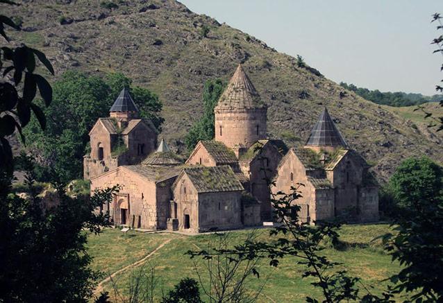 Viaje armenia 7 dias Goshavank