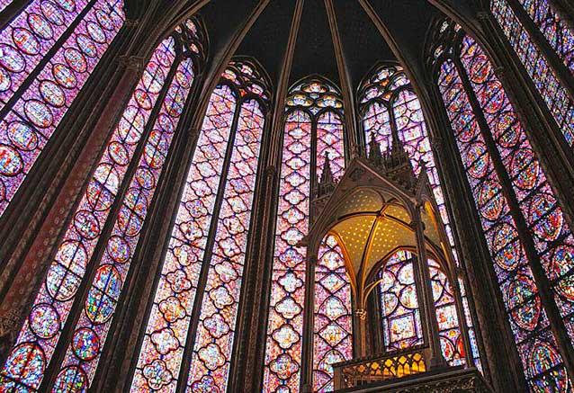 Viaje circuito francia romantica Interior de la Santa Capilla en Paris, por Dimitry B