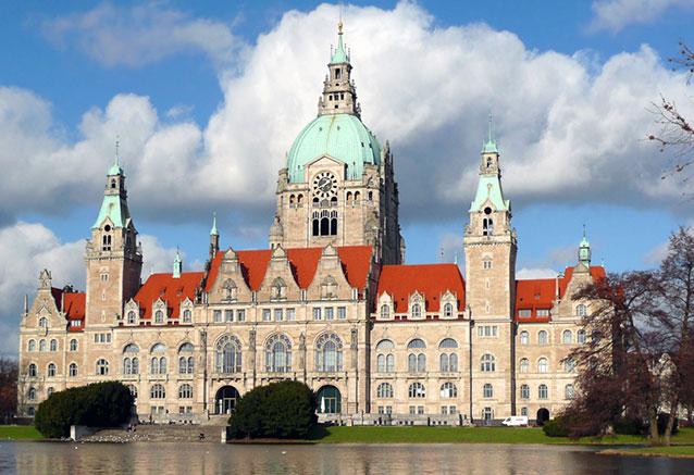 Viaje gran tour alemania puente diciembre Rathaus Hannover