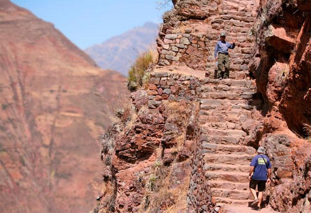 Viaje tesoros del sur del peru valle sagrado peru