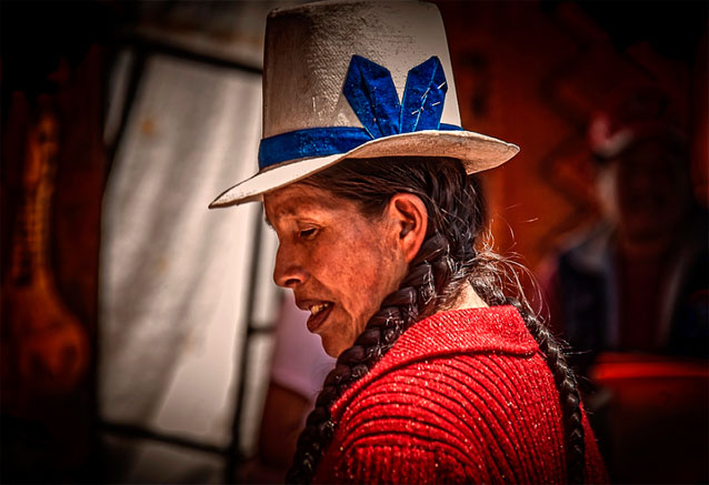 Viaje experiencias andinas peru peru mujer