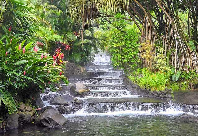 Viaje oferta costa rica libre 4x4 Aguas termales para relajarse en Tabacon Arenal