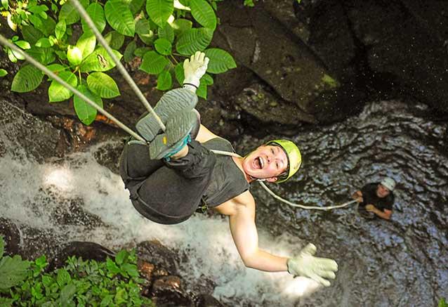 Viaje oferta costa rica libre 4x4 Descenso de canones en Costa Rica, actividad en mistico park