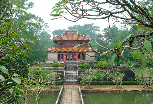 Viaje pinceladas vietnam tumbaimperialhue
