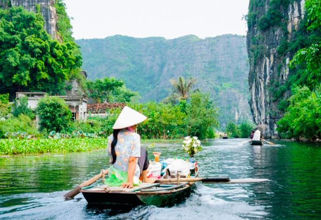 Viaje pinceladas vietnam vietnamenunasemana