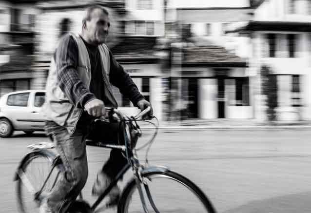 Viaje mas bella albania berat people
