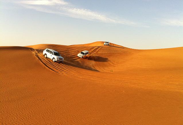 Viaje escapada dubai 5 dias sand safari